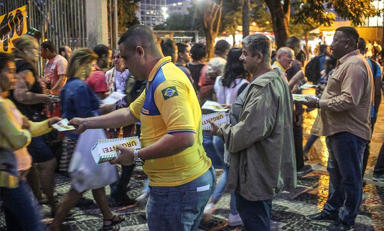 FOTOS: ECETISTAS NA LUTA! NENHUM DIREITO A MENOS!