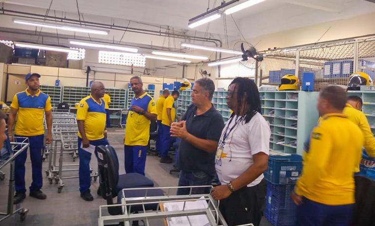 SINTECT/RJ mobiliza os trabalhadores em reuniões setoriais no CDD LARGO DA BATALHA