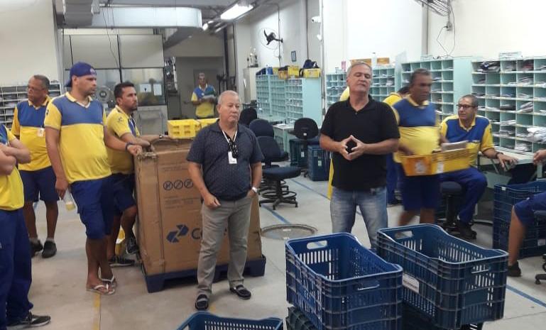 SINTECT/RJ mobiliza os trabalhadores em reuniões setoriais no CDDs Icaraí e largo do barrada
