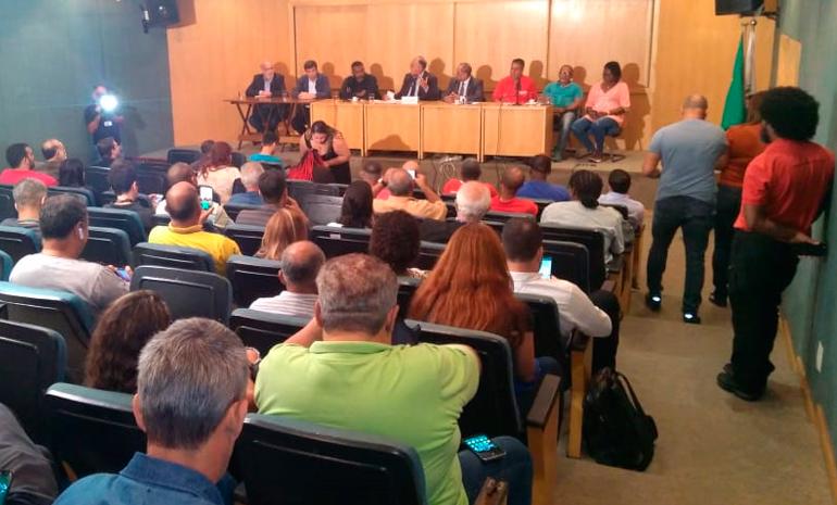 Audiência Pública na Alerj discute ações contra o fechamento de agências e privatização dos Correios