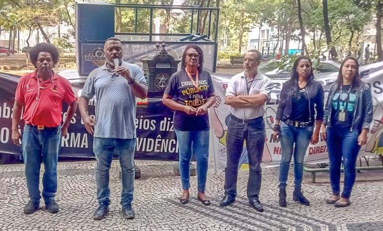 SINTECT-RJ realiza ato no edifício sede e fortalece a mobilização dos trabalhadores
