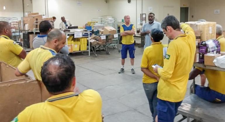 SINTECT-RJ amplia visitas nos setores para conversar com trabalhadores e intensificar a luta contra a privatização