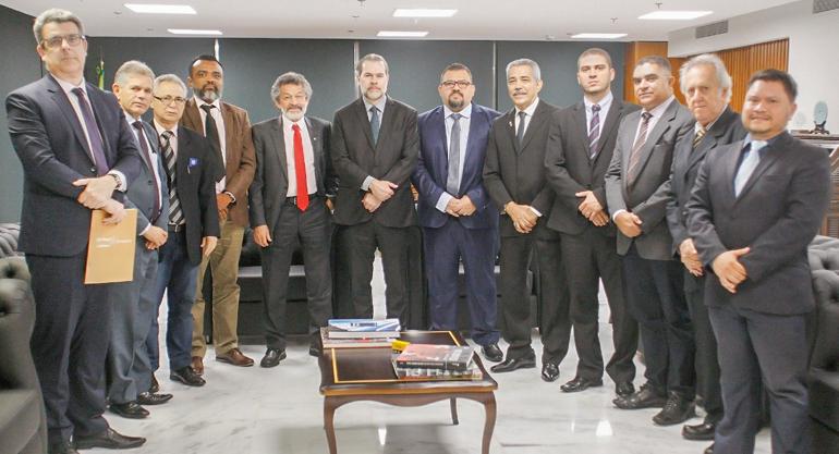 FINDECT se reúne com Ministro do STF para discutir decisão sobre o Acordo Coletivo