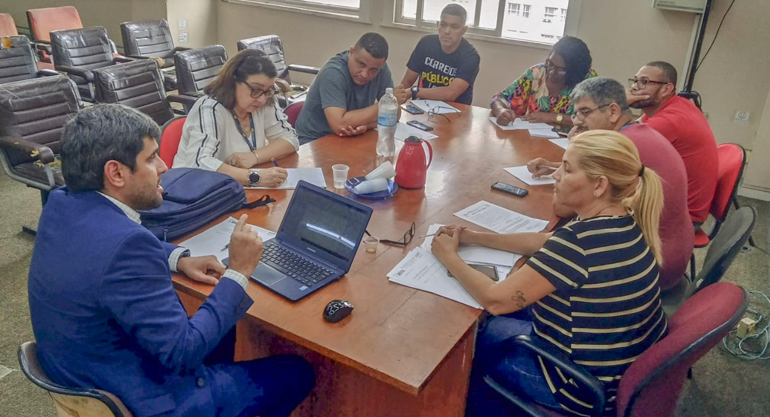 Sindicato cobra ampliação e melhoria na rede credenciada em reunião com a Postal Saúde